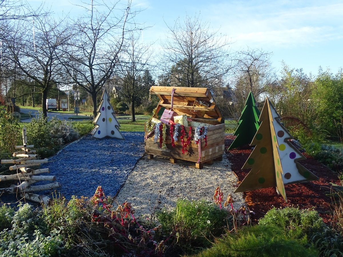 Rond-point de la Rabine aux couleurs de Noël